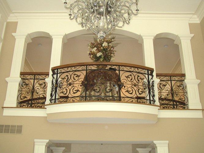 Expert iron gate, fencing, railing and balcony in Cincinnati, Ohio
