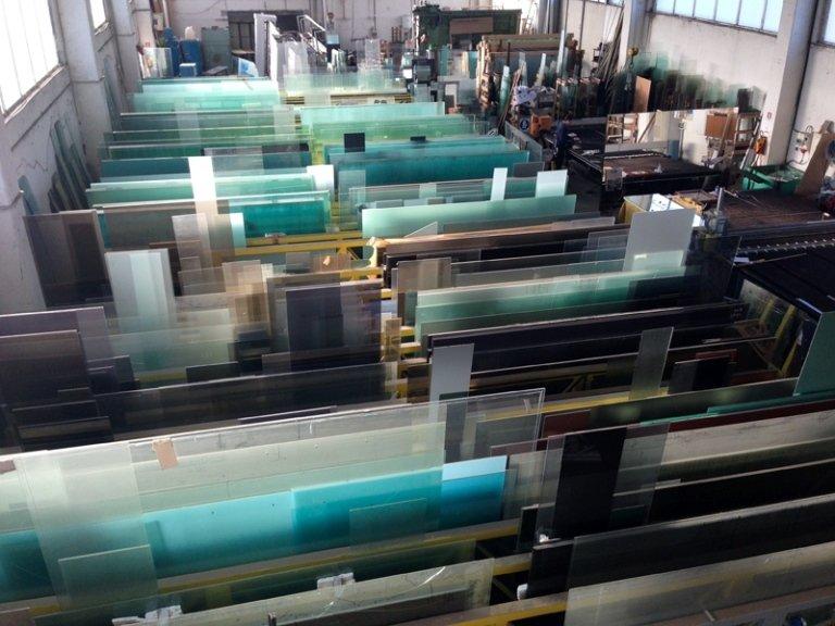 vetri per costruzione