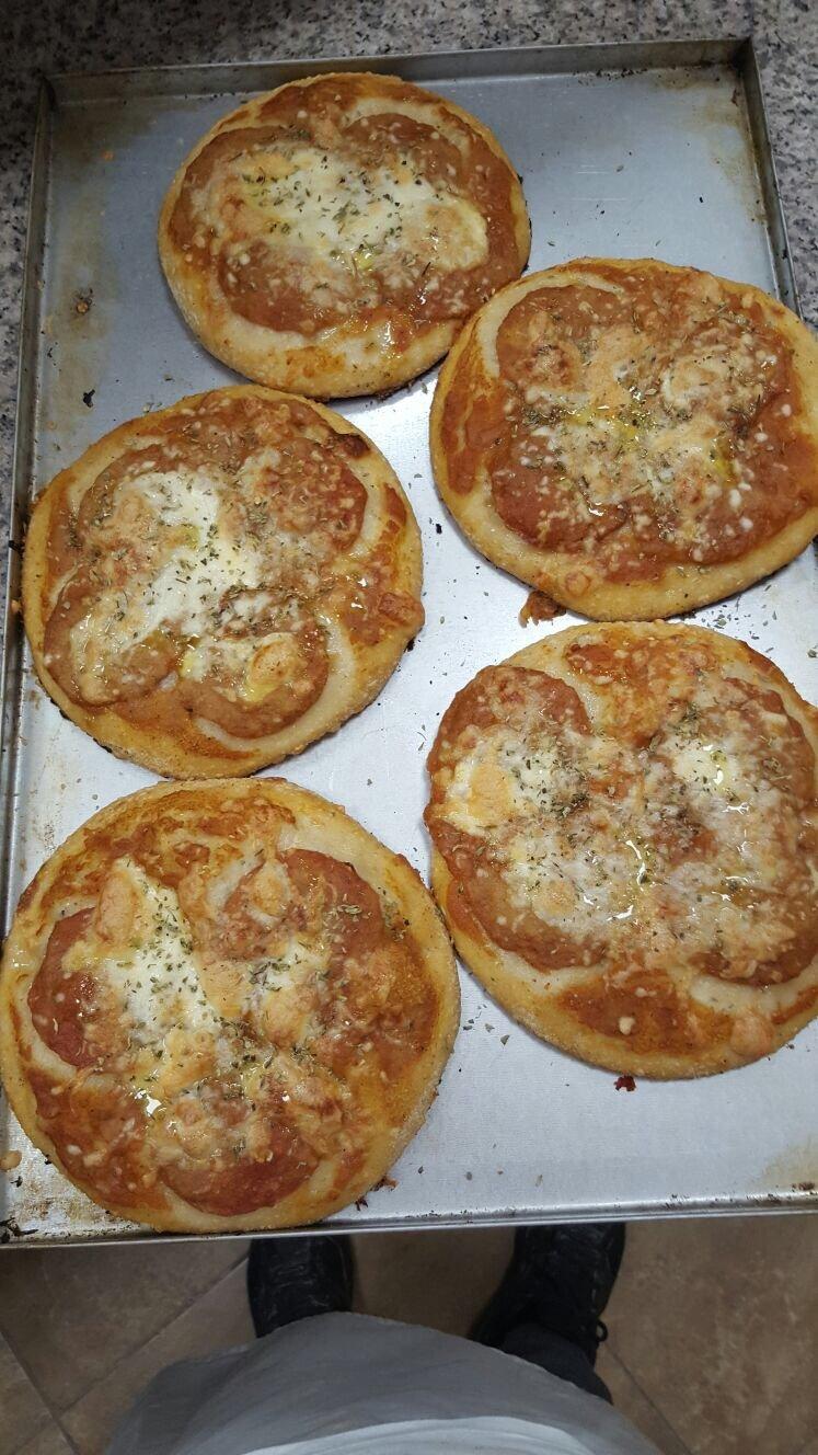 cinque pizzette