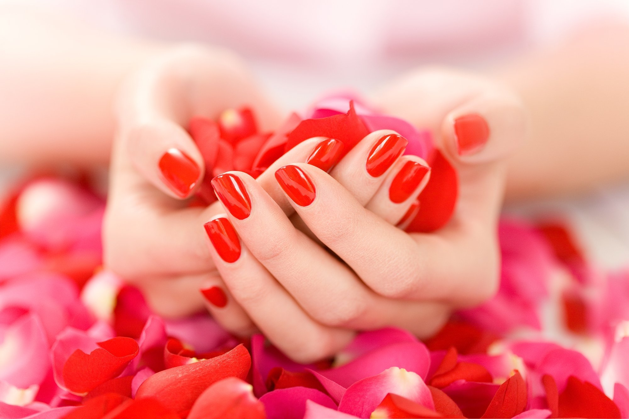 Excellent and unique nail treatments in Reading