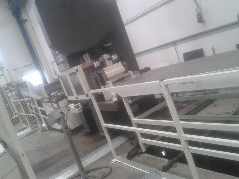 pulizia macchinario industriale