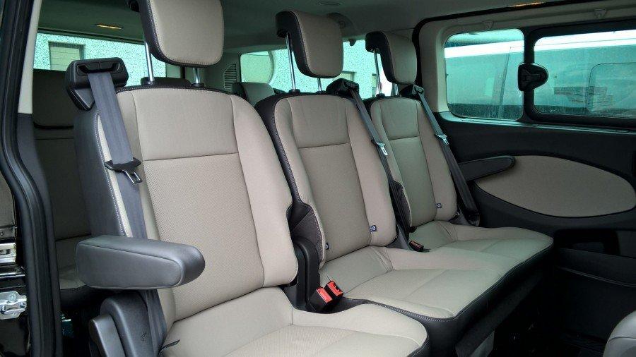 sedili interni minibus limousine per eventi
