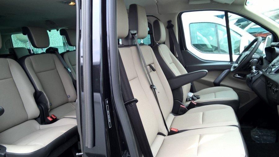 interni minibus limousine