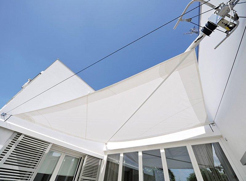 tenda orizzontale per cortile