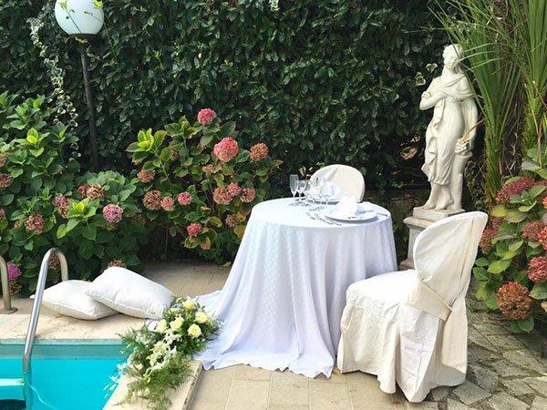 statua con piscina