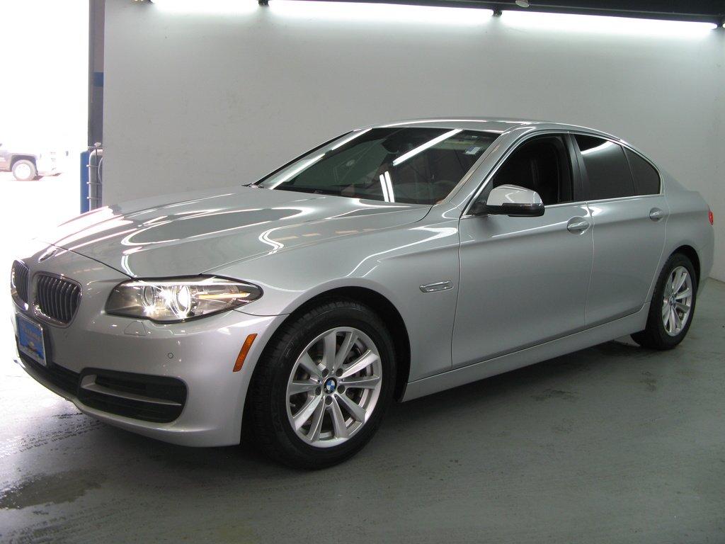 2016 BMW 588i