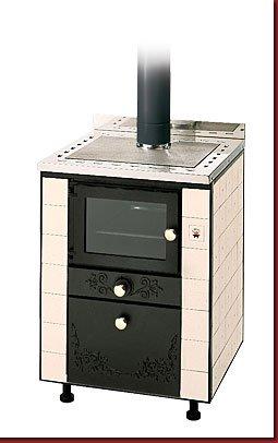 Cucina a legna con forno treviso trento belluno - Cucine piastrellate ...