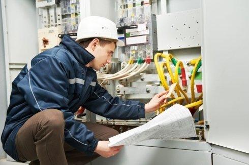 controllo impianti elettrici a norma