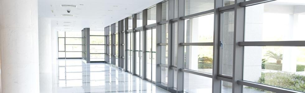 finestre vetro alluminio