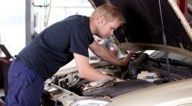 centraline auto, cambio pneumatici, meccanici