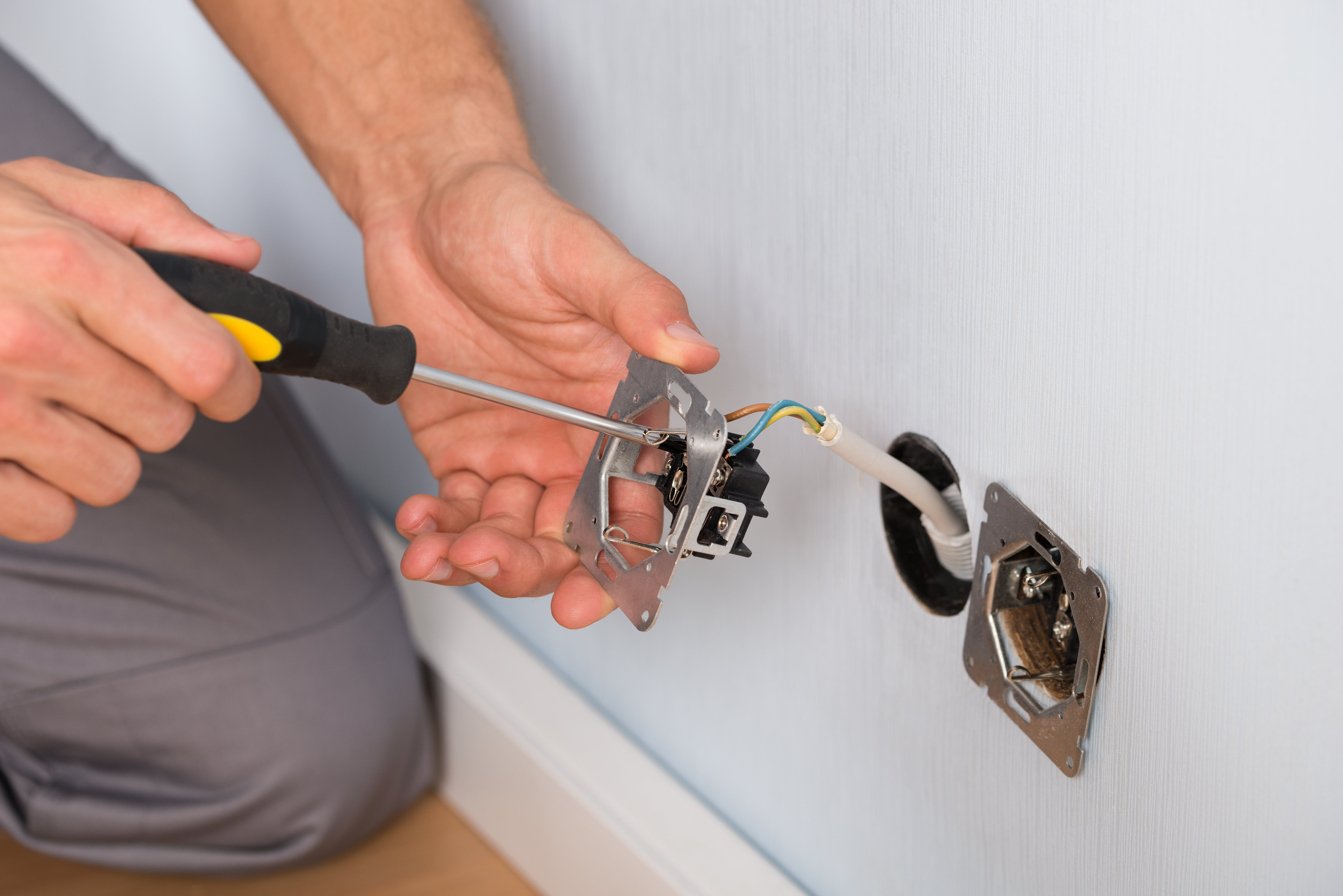 Expert Electrician in Morisset   Cooranbong Electrical Services