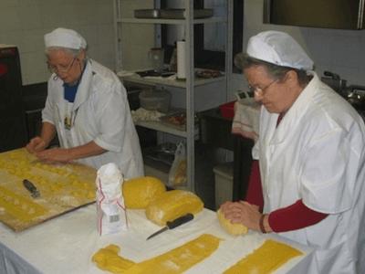 preprazione tortelli o pasta fresca