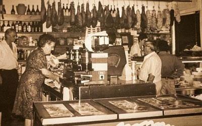 immagine storica della bottega del cornocchio