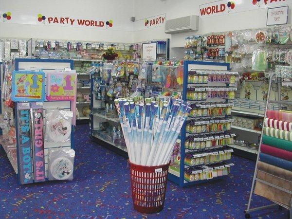assortimento prodotti del negozio PARTY WORLD