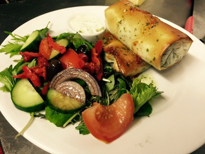Authentic and nutritious greek dishes served at the restaurant
