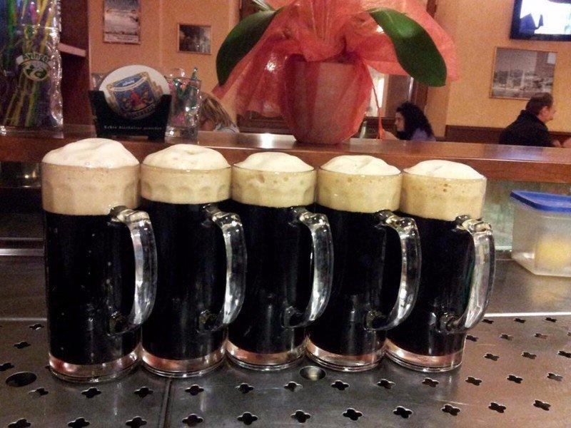 dei boccali  di birra