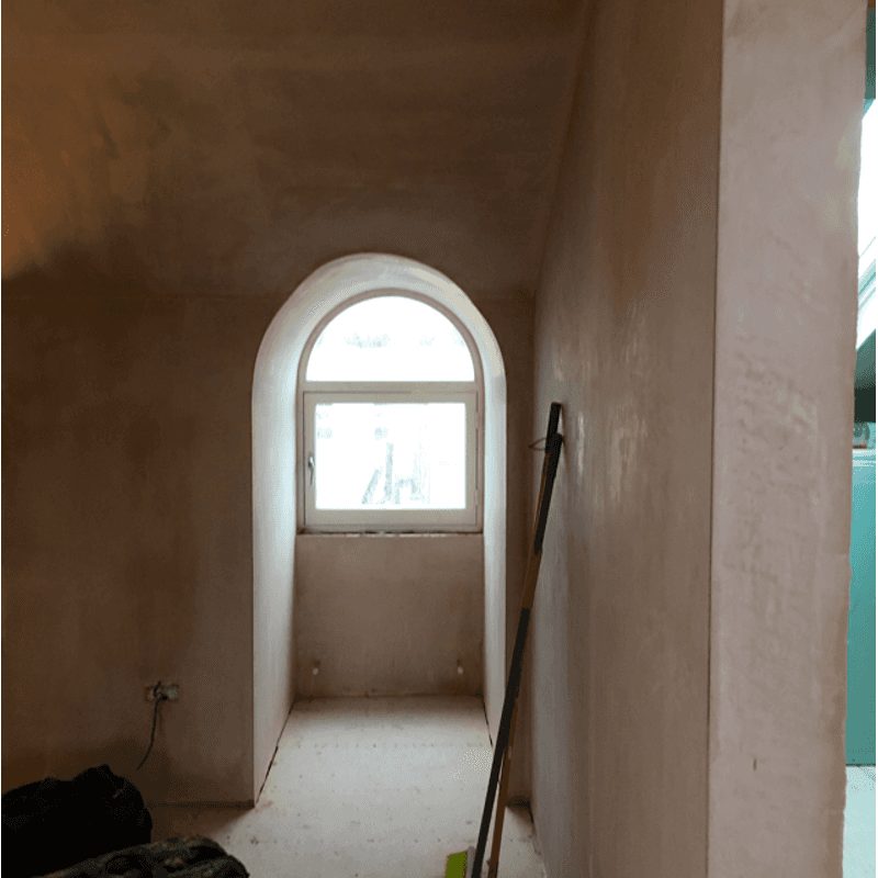 arch shaped wall