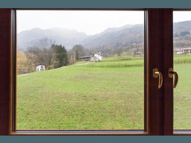 Il panorama che si vede guardando fuori dalle camere