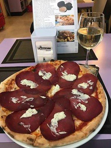 Pizza al prosciutto cotto