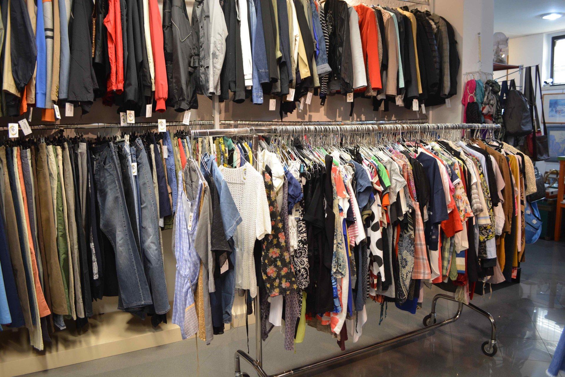 vendita capi d'abbigliamento