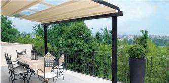 Particolare tenda da sole per terrazzo