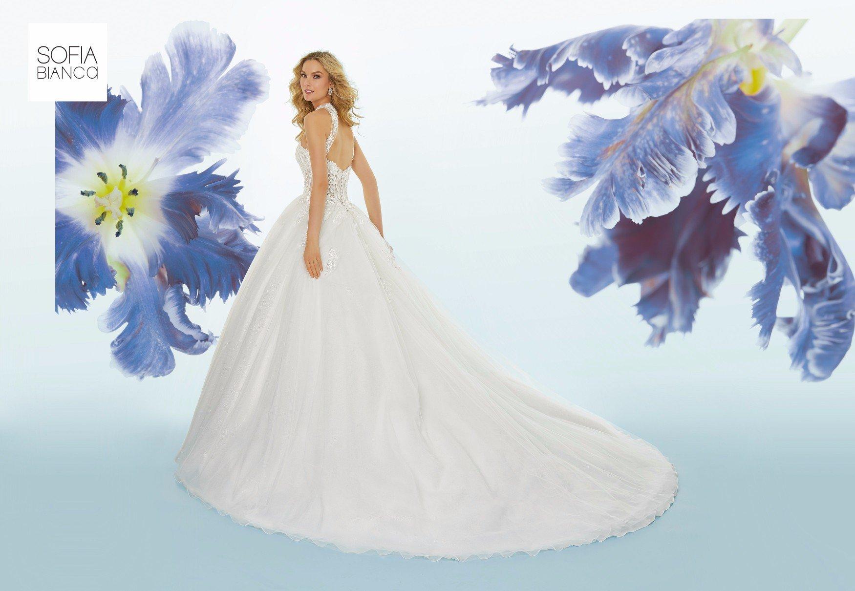 Abito per matrimoni bianco ed elegante