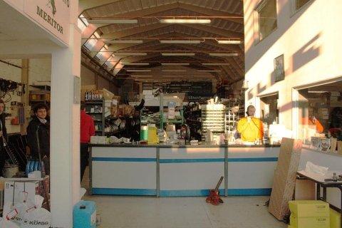 Interno negozio Bi-Elle Ricambi Industriali