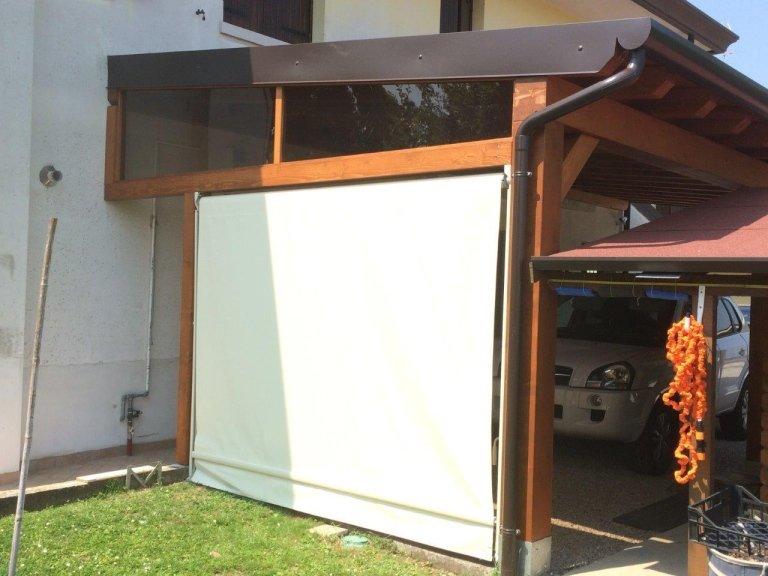 portico con copertura perline chiuso da telo PVC