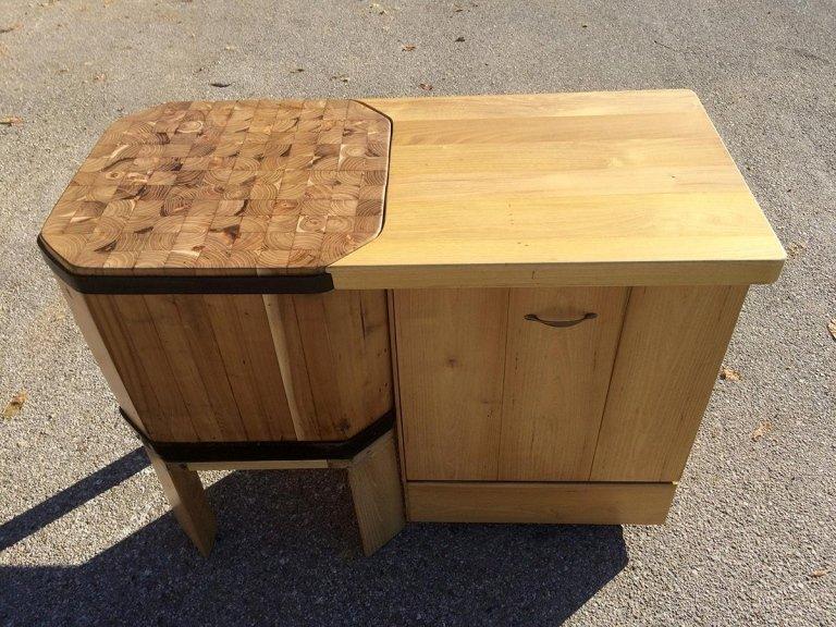 piano lavoro e legnaia in legno di acacia