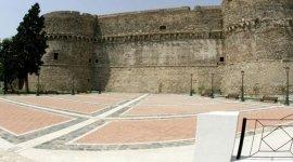 pavimentazione in mattonelle di pietra di reggina e cotto