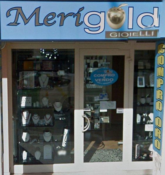 Entrata del nostro negozio ad Arezzo