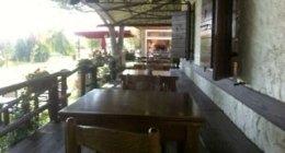 giardino privato, tavoli all'aperto, organizzazione banchetti