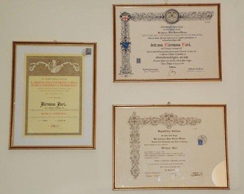 Certificati e diplomi della dott.ssa Neri