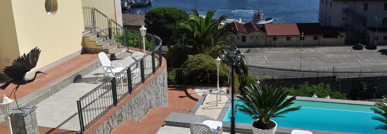 vista esterna dell`hotel