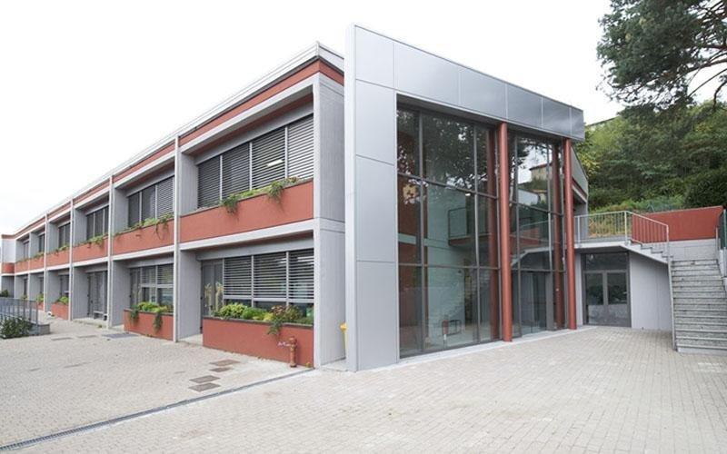 verniciatura edificio opere esterne