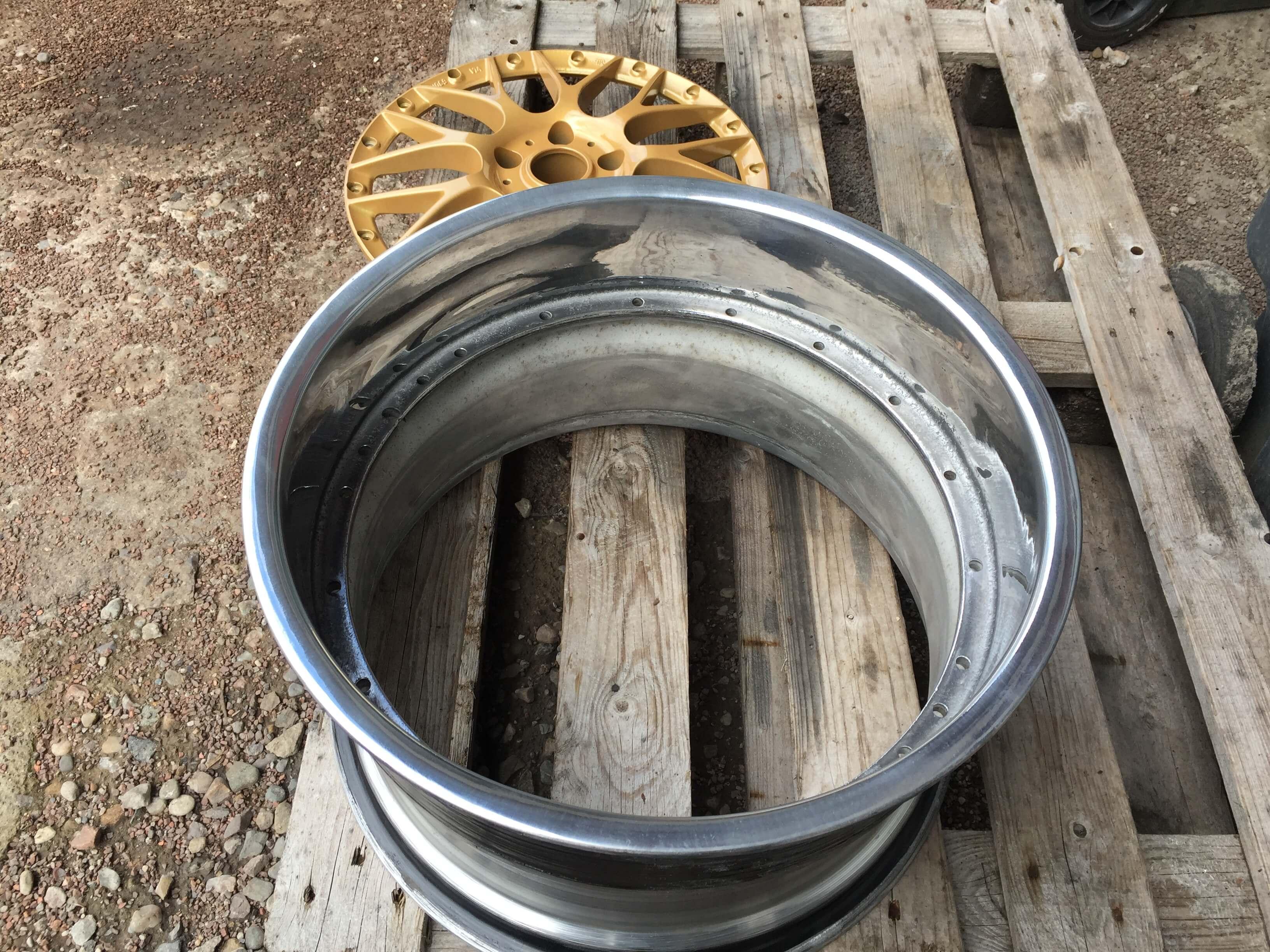 squashed wheel 17