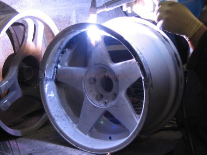 stage of wheel reparation