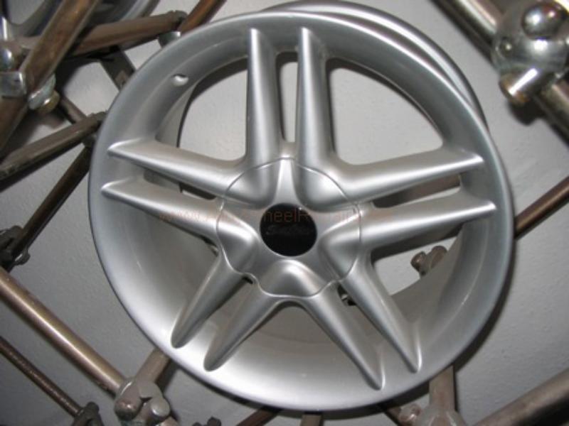 grey wheel