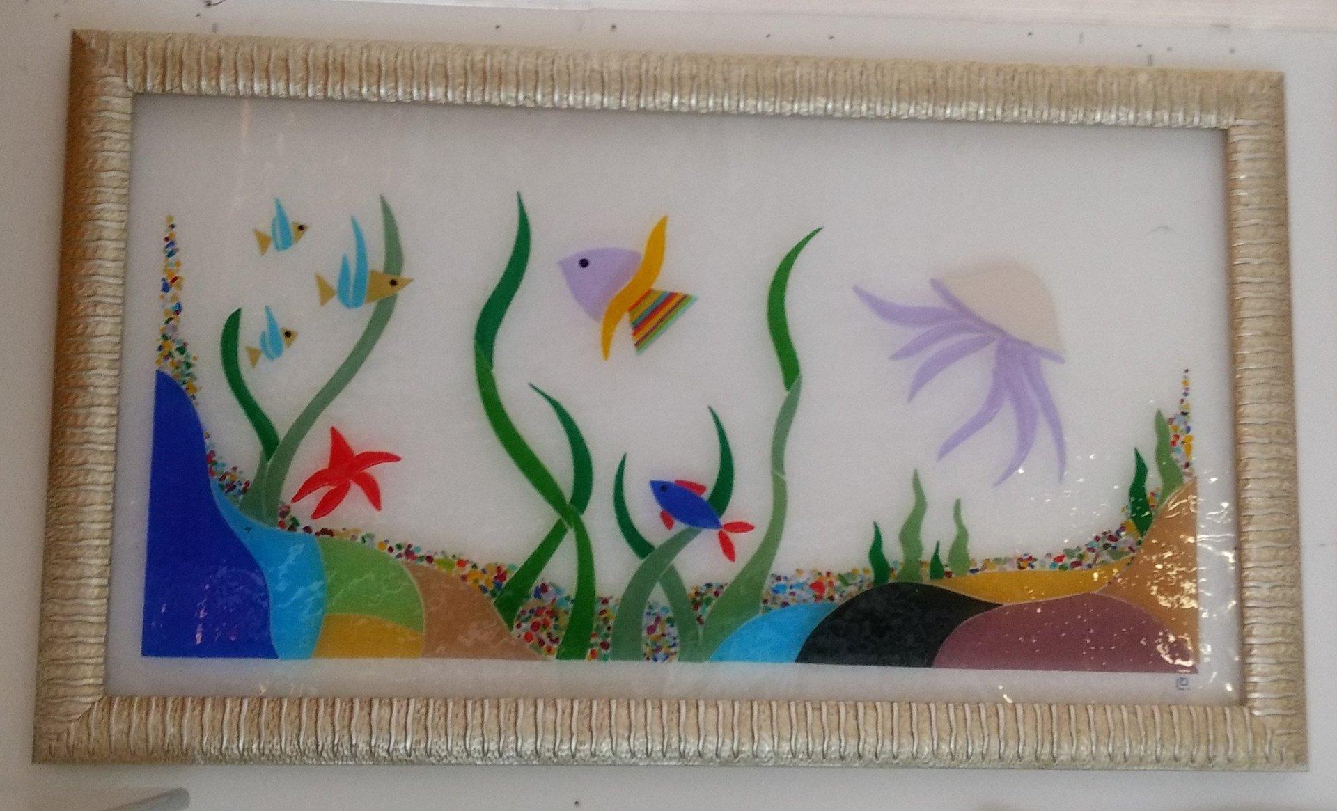 disegno colorato su vetro