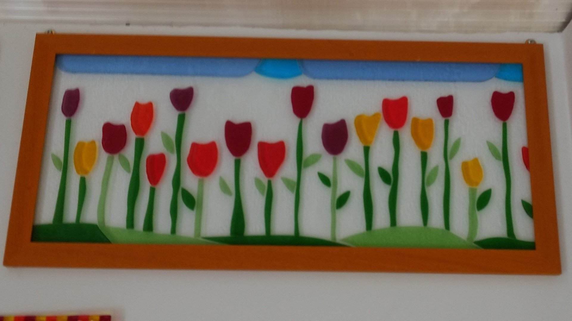 fiori disegnati su vetro