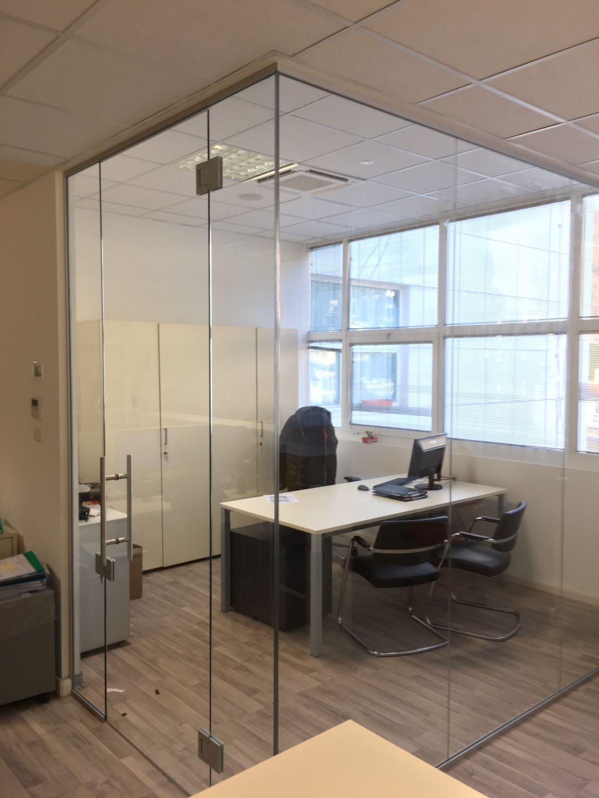 vetrate di uno studio