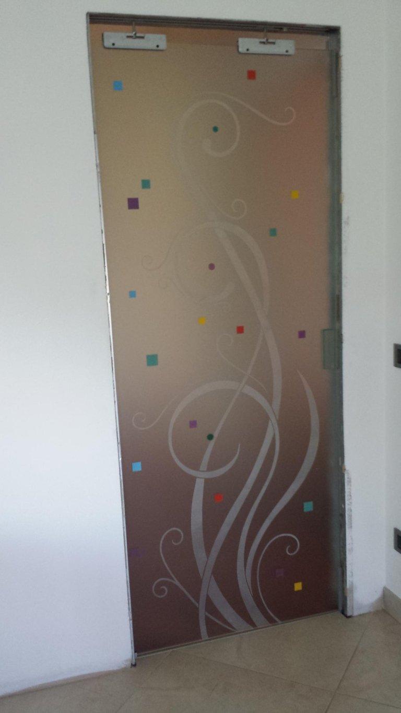 porte in vetro decorati