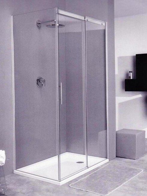 Contattaci per avere pareti in vetro per box doccia semplici e moderni.