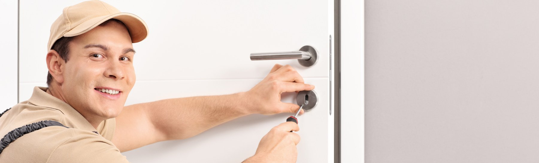 hand combination lock local locksmiths