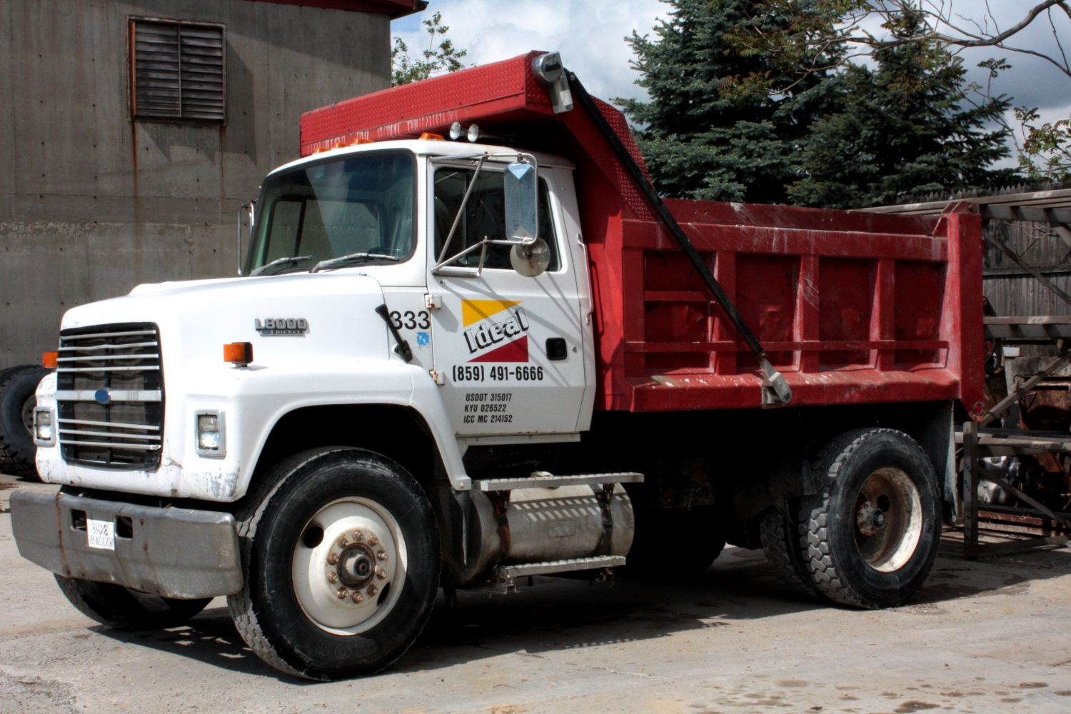 Dump truck for building supplies and landscaping in Ludlow, KY