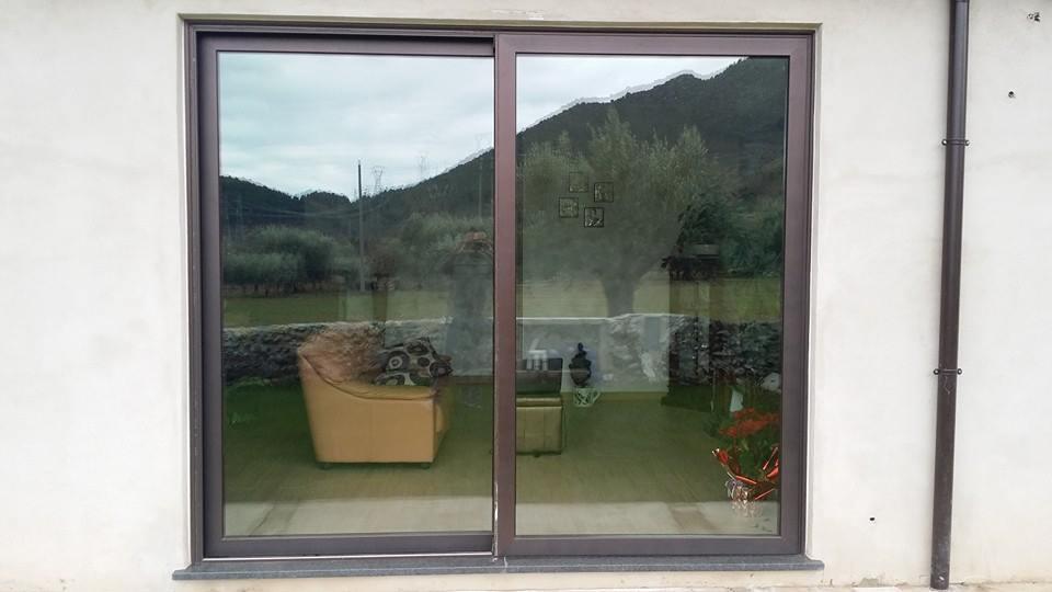vetrata di una casa