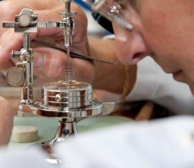 riparazione ingranaggi cronografo