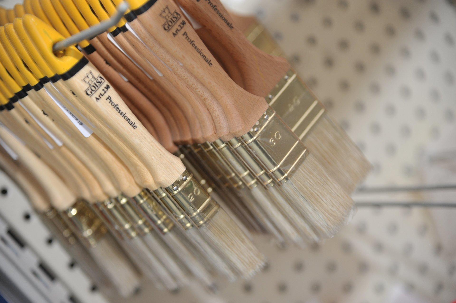 set di pennelli di diverse dimensioni