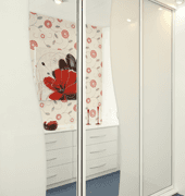 Fitted sliding wardrobe
