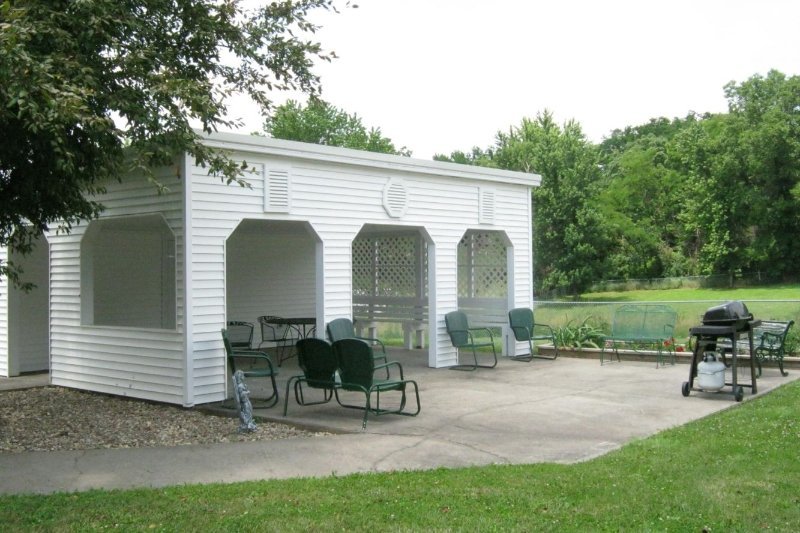 outdoor grilling area at nursing home